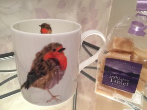 Christmas Robin Mug and 150g of Homemade Tablet