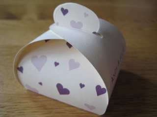 Wedding Favour box with purple hearts