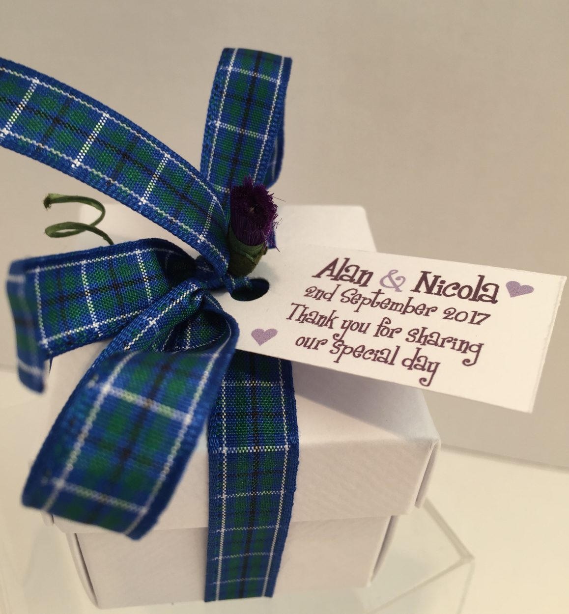 80f84dd38000 Luxury Scottish Tablet Wedding Favour Box (Choice of Filling, Tartan ...